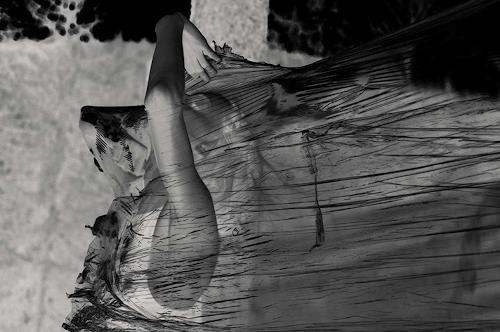 WirLiebe fotografie.kunst.leben, out of plastic, Gefühle: Angst, Menschen: Frau, Gegenwartskunst, Abstrakter Expressionismus
