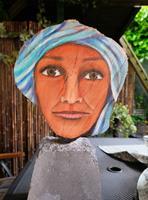 Susanne-Geyer-Dekoratives-Menschen-Gesichter-Gegenwartskunst-Land-Art