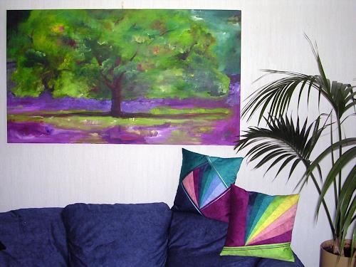 Angelina Casadei, Baum im Lavendelfeld mit passenden Design-Kissen, Landschaft, Fantasie, Colour Field Painting