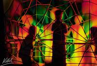 AndReaS-KoVaR-Menschen-Gruppe-Gefuehle-Angst-Gegenwartskunst--Gegenwartskunst-