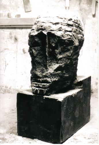 Patrick Feldmann, oT, Cabeza No 32, Geschichte, Religion, Dekonstruktivismus