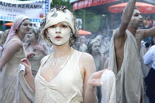 Micborn, Überrascht, Karneval, Menschen: Frau, Gegenwartskunst, Expressionismus