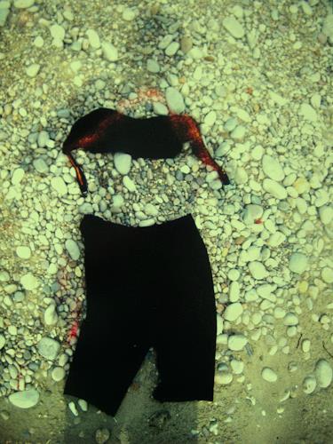 Brigitte Raz-Goldau, Schattenporträt mit Bikinioberteil und Gymnastikhose, Menschen: Frau, Fashion, Gegenwartskunst, Abstrakter Expressionismus