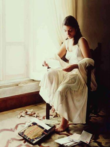 Maria Jose Aguilar, Reading Old Letters  Oil on wood. 146 x 114 cm., Diverse Weltraum, Symbol, Realismus, Expressionismus