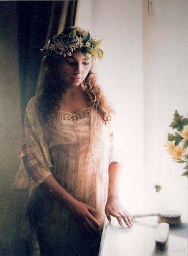 Maria Jose Aguilar, The Bride (La novia), Diverse Weltraum, Realismus, Expressionismus