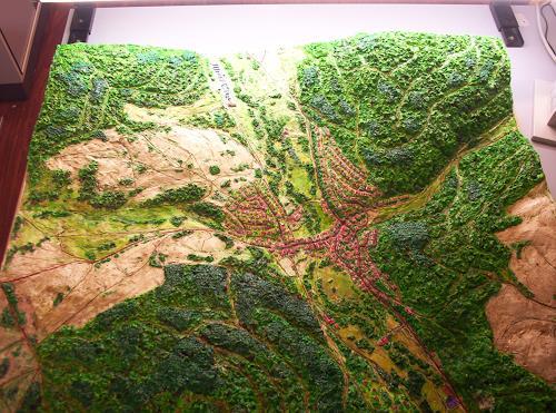Ottmar Gebhardt, Reliefbild maßstabgerecht handmodelliert Maßstab 1:2500, Jagd, Diverse Landschaften, Realismus