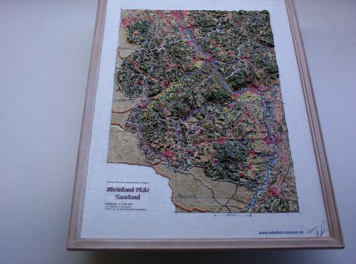 Ottmar Gebhardt, Reliefbild von Rheinland-Pfalz und Saarland, Freizeit, Jagd, Land-Art